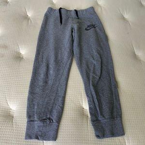 ✅Girls Nike Sweatpants Size L